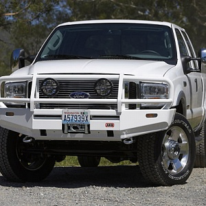 Deluxe Bull Bar Ford F-250/350